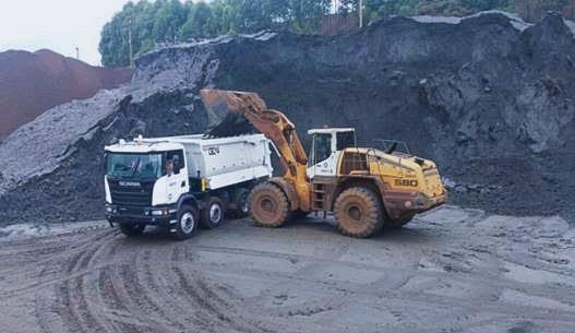 Carregamento do caminhão Scania Heavy Tipper
